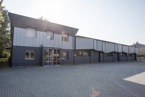 Chi Siamo - Company - rinnovamento della nostra sede - installation of the new coating